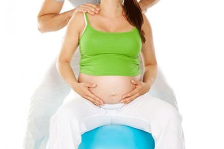 Préparer l'accouchement avec le massage du périnée