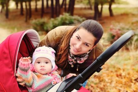 Première sortie de bébé : bien s'organiser pour bien en profiter !