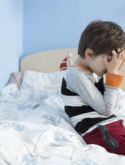 Mon enfant fait pipi au lit: comment gérer?