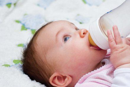 Tout savoir sur l'hydratation de bébé