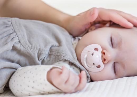 Sommeil des bébés : Les erreurs à éviter !