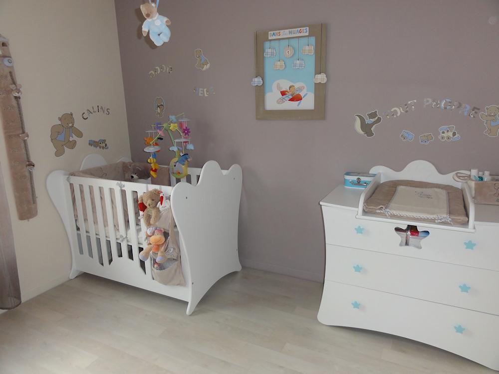 chambre b b esprit b b. Black Bedroom Furniture Sets. Home Design Ideas